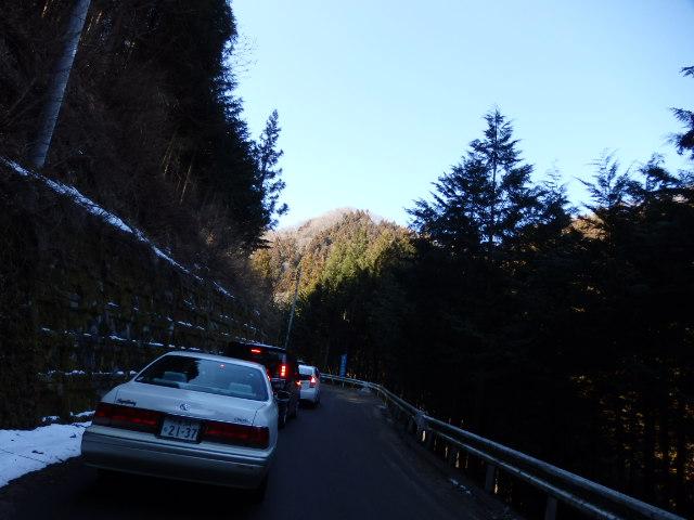尾ノ内渓谷の氷柱 駐車場