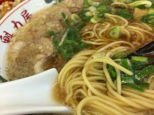 魁力屋 細麺