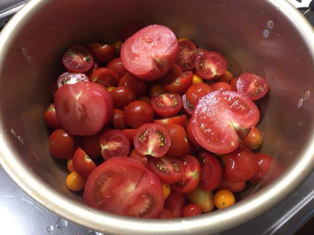 ミニトマト鍋