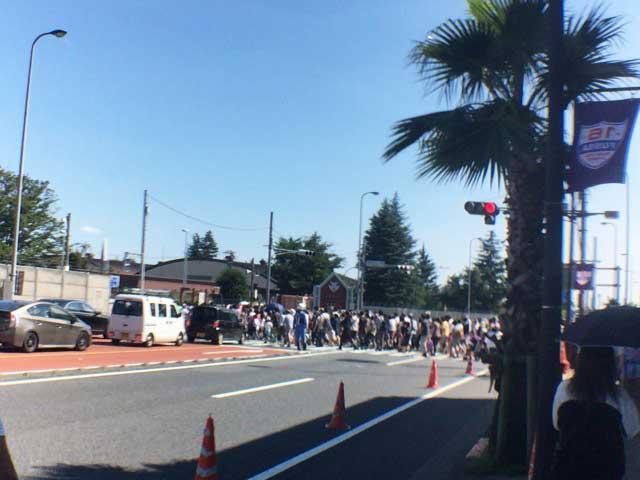 横田基地 友好祭 入口