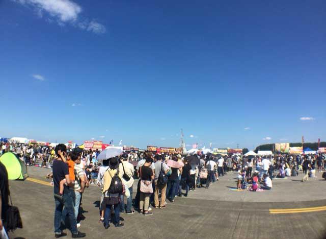 横田基地 友好祭 2015 ステーキの行列