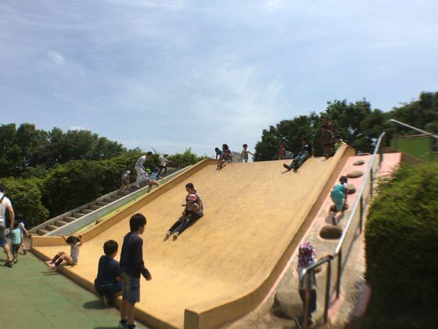 ワイド滑り台 小金井公園