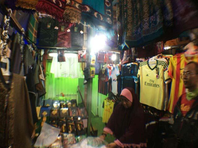 Pasar Poncol
