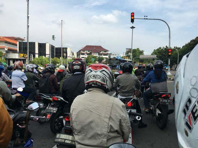 ジャカルタ 交通渋滞