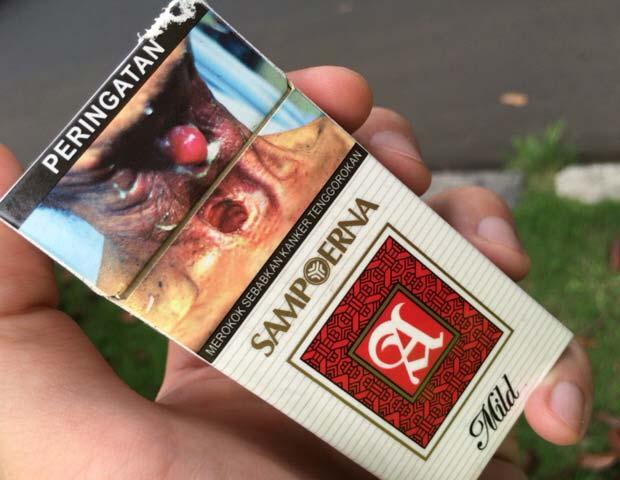 インドネシア タバコパッケージ