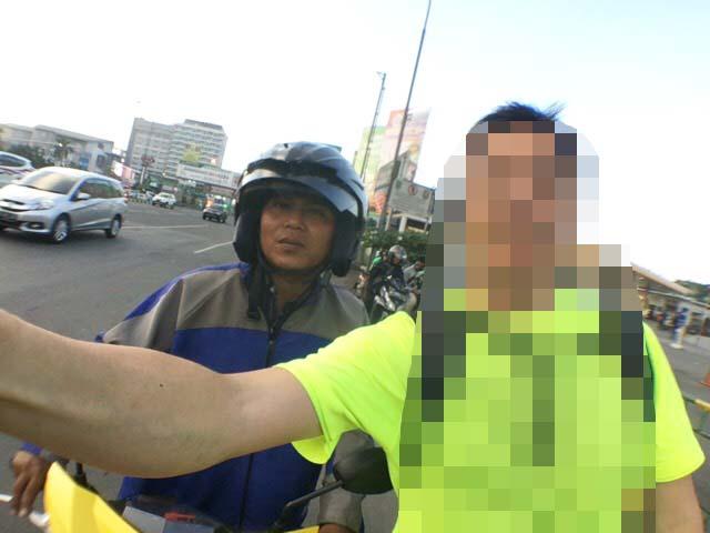 バイクタクシー bekasi
