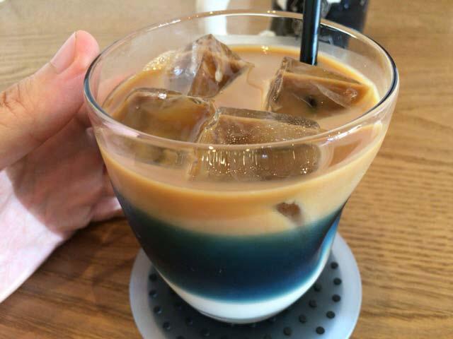 二三味珈琲 アイスカフェオレ