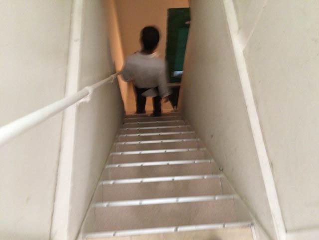 ロティー屋 階段