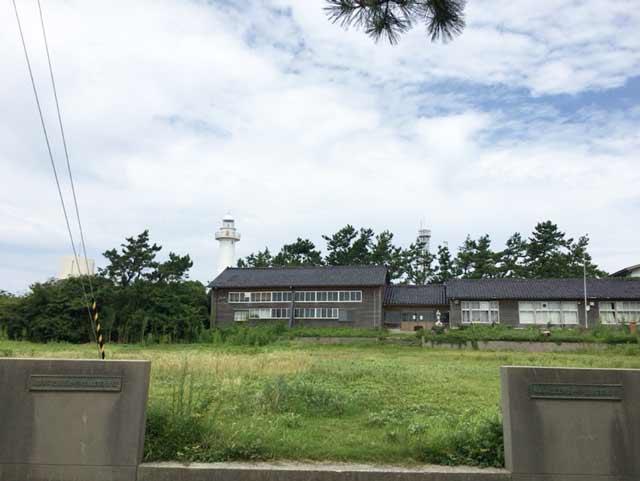 舳倉島 学校