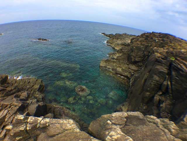 舳倉島 海