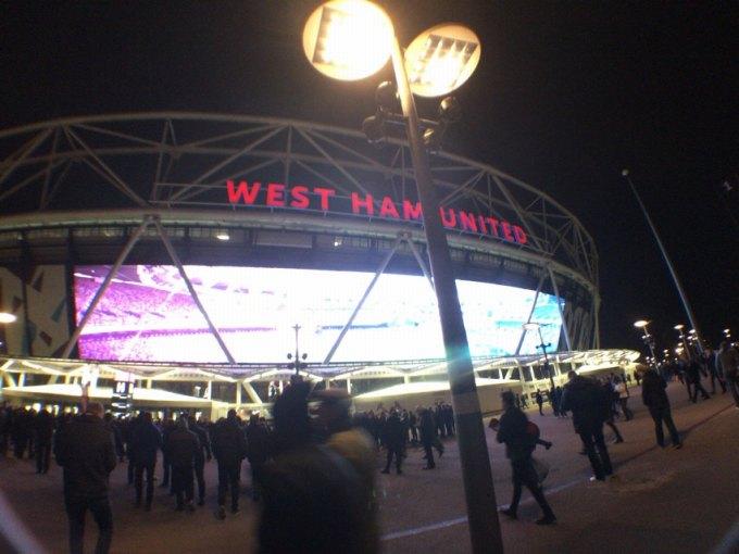 ロンドンオリンピックスタジアム