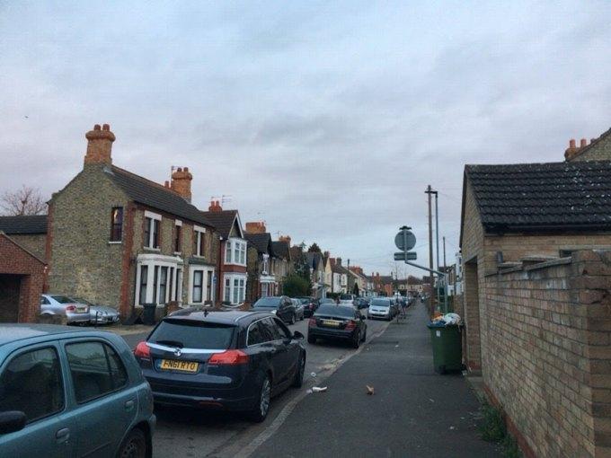 ロンドン 郊外の街並み