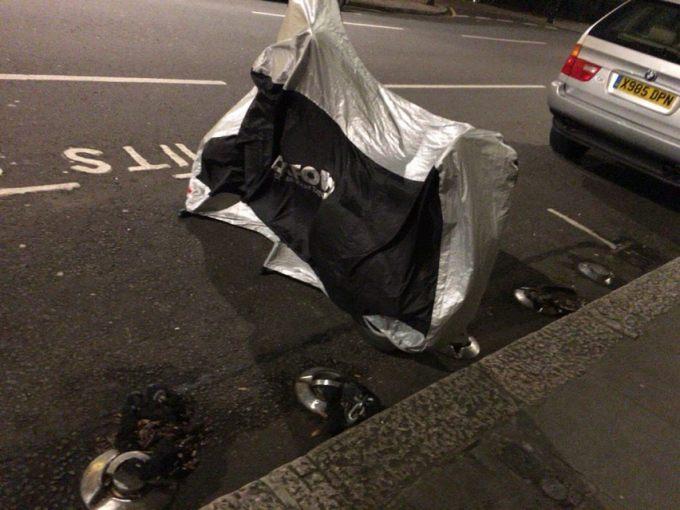 ロンドン バイク停車場