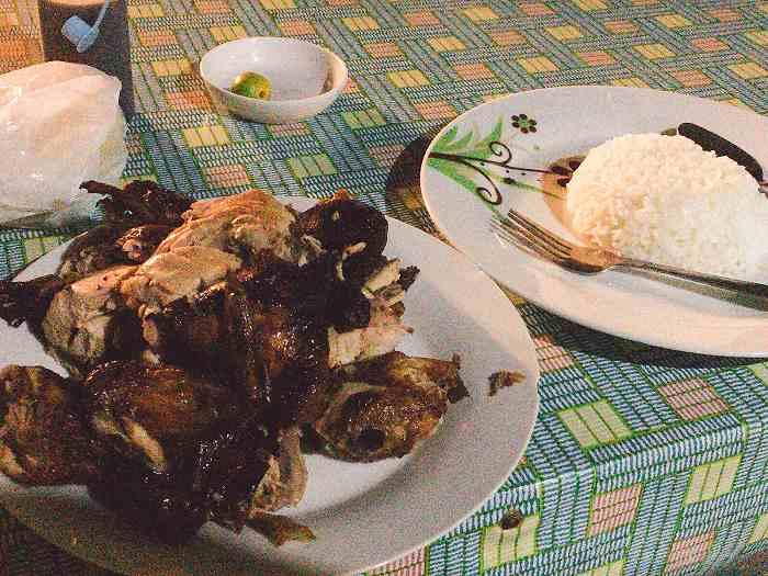 フィリピン 鶏丸焼き