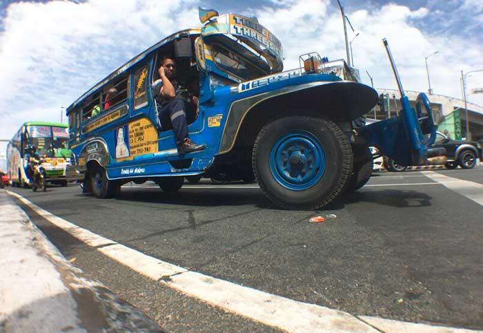 フィリピン 乗り合いバス