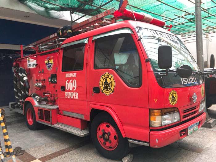 マニラ 消防車