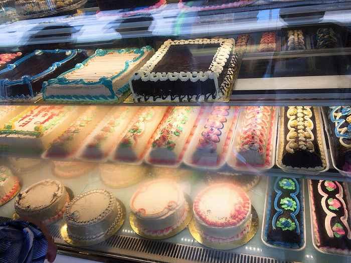 フィリピンのケーキ屋さん