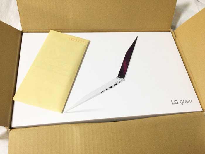 LG gram 通販の箱