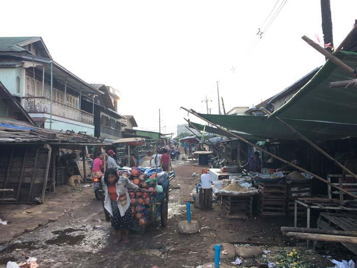バゴー 市場