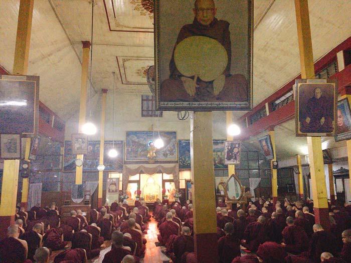 チャカッワイン僧院