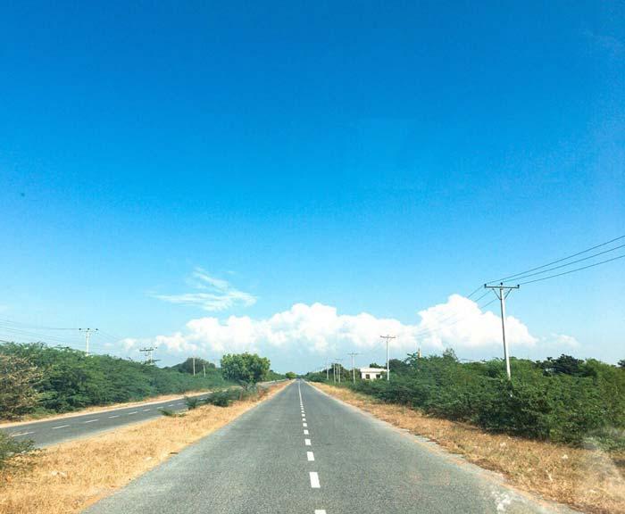 ミャンマー 高速道路