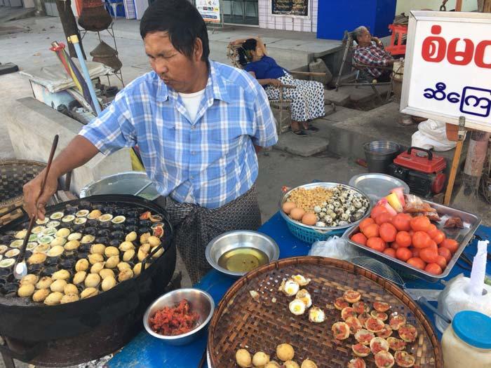 ミャンマー たこ焼き