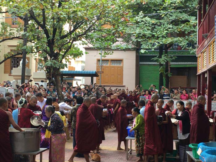 マハーダンダーヨン僧院