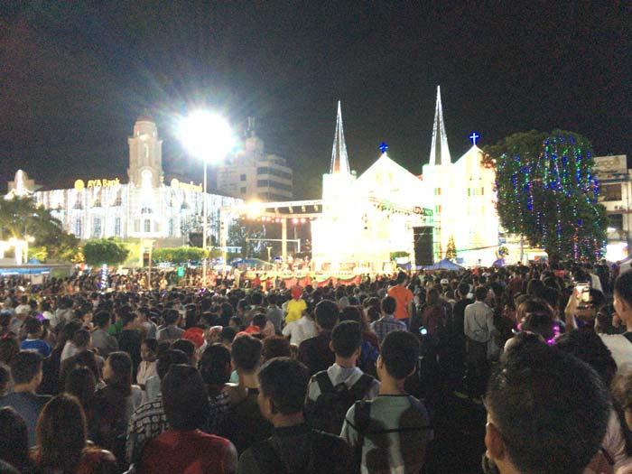 ヤンゴン クリスマスイベント