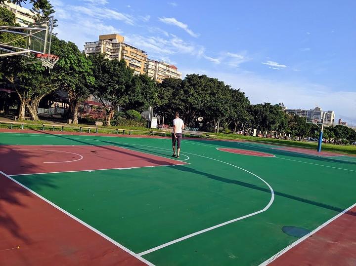 台北 テニスコート