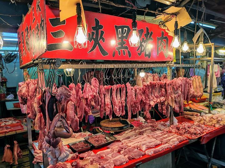 台湾 市場の肉屋さん