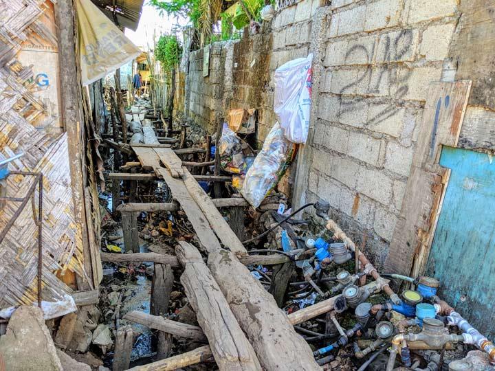 フィリピン 貧困地区