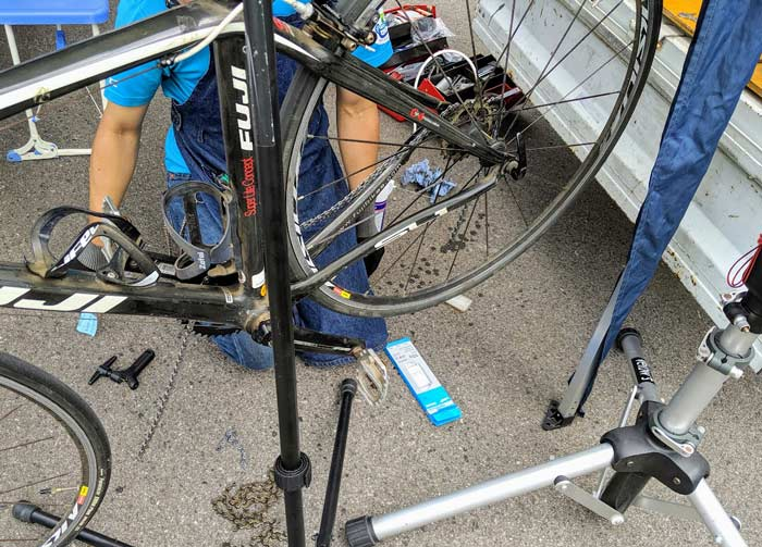 トライアスロン珠洲 自転車修理