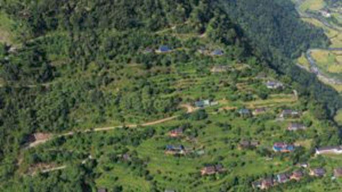 ネパール ガルコット郡
